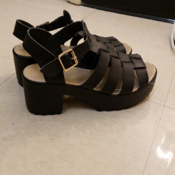 16b09edb9db1 Boohoo Shoes - Black Chunky Heel Platform Sandals